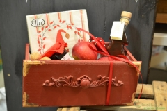 Schublade als Geschenkkorb